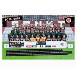 FC St.Pauli Poster, Team Plakat, Mannschaftsposter 2018/19 - Plus Aufkleber Fans gegen Rechts